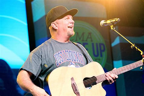 Blame It All on His Roots: Garth Pictures Through the Years