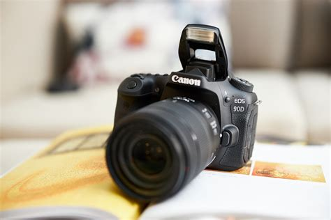 First Impressions: Canon EOS 90D (Yes, a New APS-C DSLR)