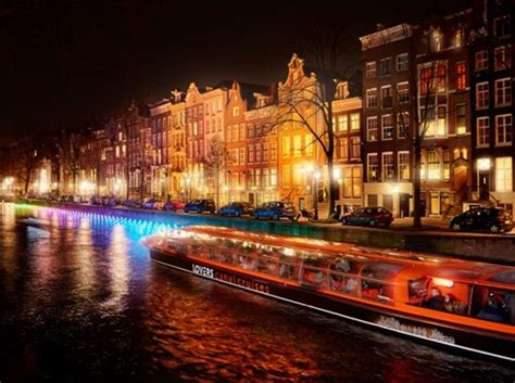 Lovers Canal Cruises: Amsterdam Light Festival, Water