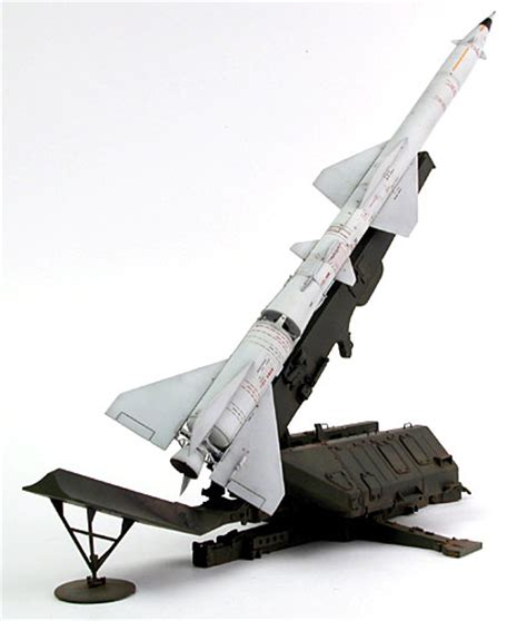 SA-2 Guideline Missile Review by Cookie Sewell (Trumpeter